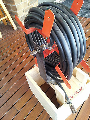 Air Hose with Air Hose Reel been relisted due to non pickup due to distance