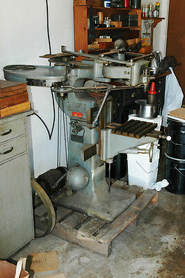 Gorton Model 3U Pantograph/Engraving Machine 6 Cutters & 375 End Mill Grinder
