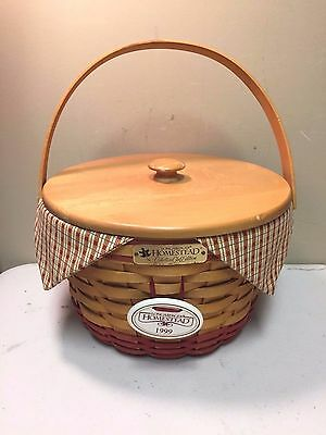 Longaberger 1999 Collectors Club Signed Homestead Basket with Lid & Liners
