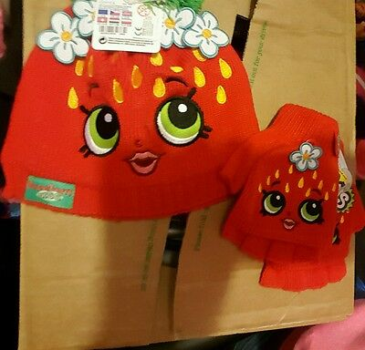 Brand new shopkins hat and gloves