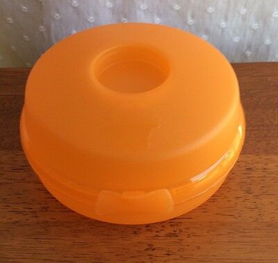 Tupperware Orange Bagel Sandwich Container