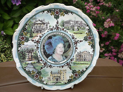 1995 Goss China Queen Mother 95th Birthday Portrait Plate Limited Edition