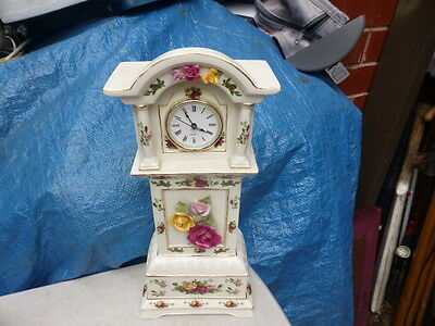 ROYAL ALBERT OLD COUNTRY ROSES grandfather CLOCK