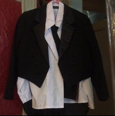 Formal Wear Tuxedo Dress Complete Set Boys  Kids Children Size 12-14
