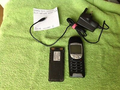 nokia 6210 mobile phone with battery used unlocked & Mains Charger