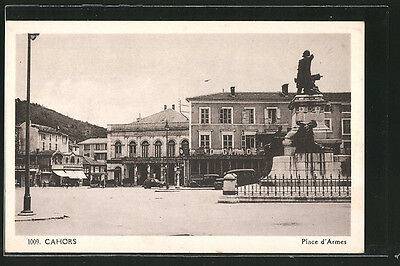 formidable CPA Cahors, Place d´Armes, commerces