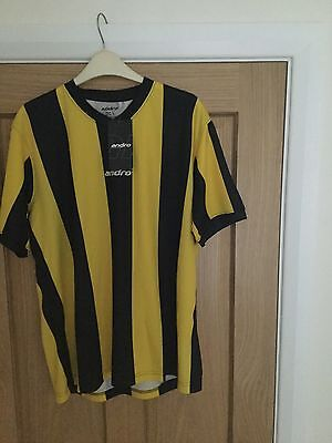 Andro Peco Table Tennis T- Shirt size Large Yellow/Black