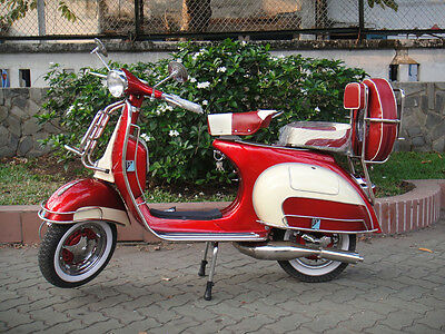ITALIAN VESPA STANDARD VBB 150cc 1963's  FULLY RESTORED FREE SHIPPING RED & WHIT