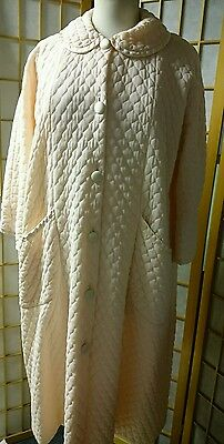 Vintage Artemis Quilted Robe Pink Satin Piping M-L Bust 44