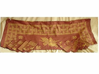 NAPPES 8  COUVERTS NEUF 236x150 cm