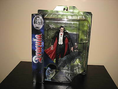Diamond Select Universal Monsters Studios DRACULA with WOLF-New