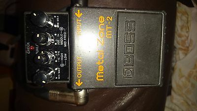 Boss MT-2 Metal Zone Electric Guitar Effects Pedal MT2