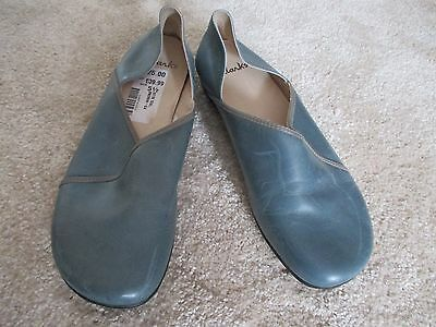 Clarks Leather Size 5 1/2 Brand New with Tags