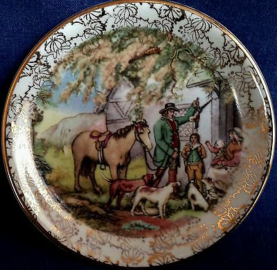 Vintage Midwinter. A very pretty small dish.