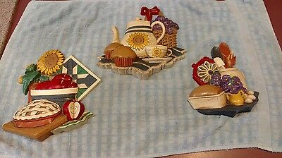 Vintage Retro Home Interiors Kitchen Wall Plaques - Set of 3 - 3373