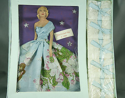 Vintage 40s 50s Handkerchief Boxed Set Embroidered 5 Hankies New Old Stock
