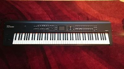 Roland RD800 Digital Stage Piano