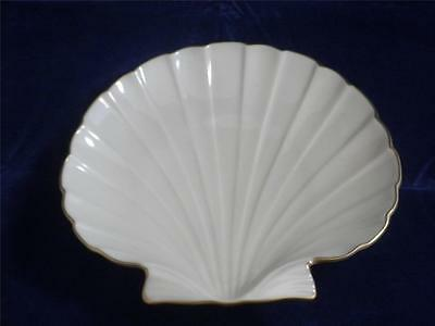 Lenox Shell Shaped Candy Nut Dish Fine China Made n USA Gold Trim