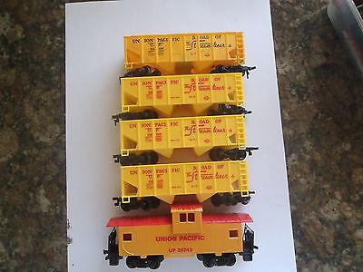 Model Trains Ho 4 Unoin Pacific Hoppers 1 Caboose