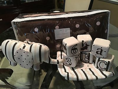 Restoration Hardware Baby & Child Crib Bumper Set Brown and Pink Dots *MINT*