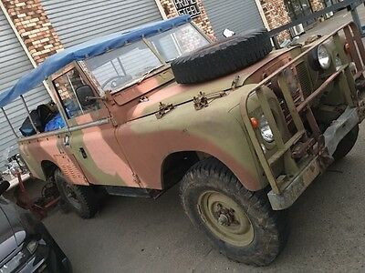 Vintage Military Service Jeep Land Rover