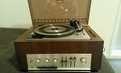 Vintage Rotel RA-610 solid state amplifier and Lesa turntable
