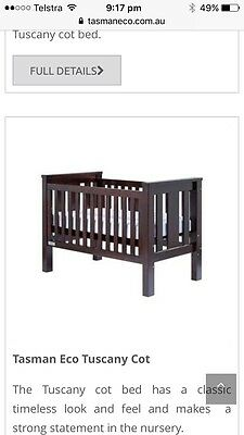 Eco Tasman Cot And chest Top Changer