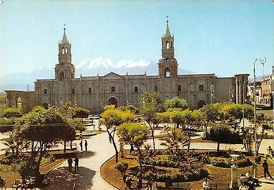 MIN160 peru arequipa main square cathedral chachani mountain three towers