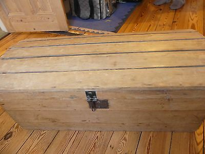 Antique dome top pine blanket box / chest / trunk