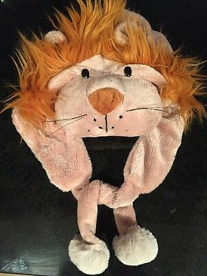 CHILDS Cute Lion Warm Animal Hat  that covers ears .Everyday wear or fancy dress