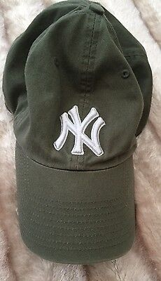 Genuine New York Yankees NY Baseball Cap Khaki Green.