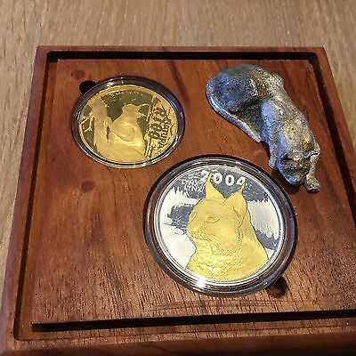 "South Africa Natura 2004 Caracal Launch Set, 1 OZ Gold Mintmark ""Caracal"""