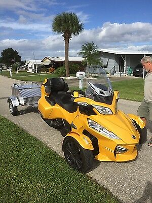 2013 Can-Am  2013 Can Am Spyder RTS
