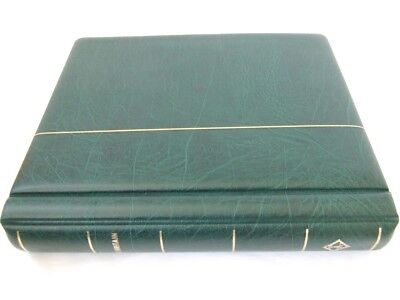 Lighthouse Great Britain Green Luxury Padded 2-Peg Album, Excellent Condition