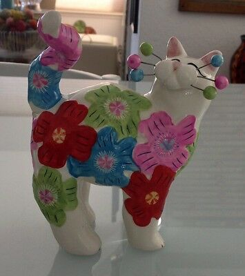 2004 AMY LACOMBE WILLITTS DESIGN #86173 Porcelain Kitty Cat Figurine