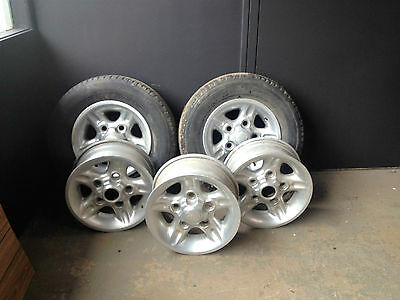 Land Rover Discovery factory Alloy Rims 16x7 set of 5