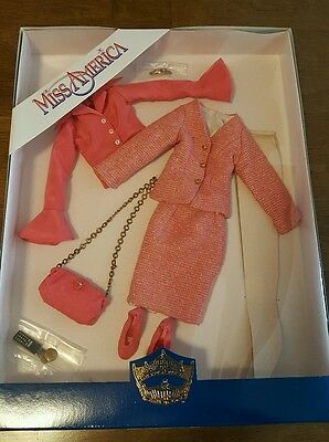 Tonner Miss America Doll Outfit