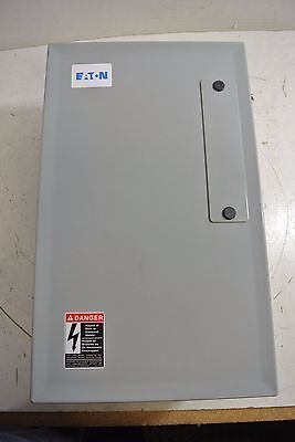New Surplus Eaton Cutler Hammer ECL03C1H3A Enclosed Lighting Contactor CN35DN3