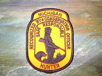 Michigan Recognized By Conservation Officer Safe Responsible Hunter Patch,crest