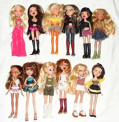 12 x  Female BRATZ Dolls ... Fully Clothed with Shoes ... Lot 3 of 3