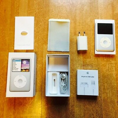 Apple Ipod Classic 160 Gb 7th Generation White With Box And USB Like A New