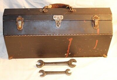 RARE HTF Antique Metal Brazil Tools Toolbox Complete w/ Tray Insert & 2 Wrenches