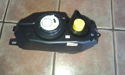 Genuine Yamaha Yzf-R125 Fuel Tank Brand New Including Fuel Pump And Seals !!!