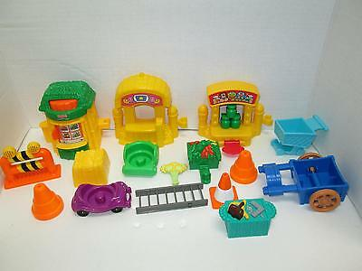 Fisher Price Little People Pretend Play Accessory Lot of 17 Items Good Clean