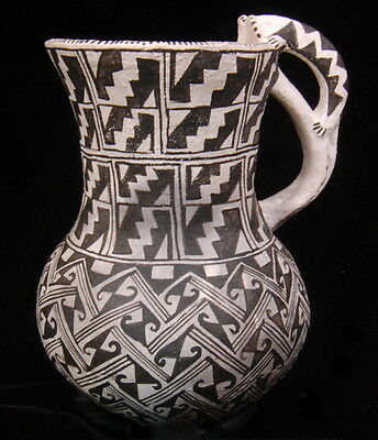 Anasazi Effigy Mouse Replica Pitcher