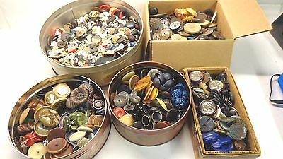 Huge lot of Vintage buttons glass leather bakelite brass plastic wood 11.5 lbs