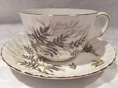 "Beautiful Adderley ""Lyncroft"" Fine Bone China Tea Cup and Saucer H561"