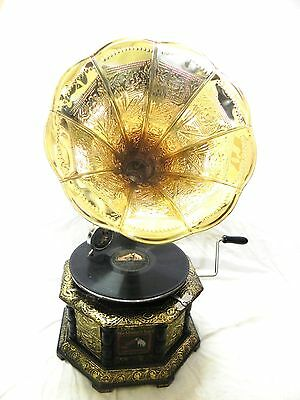 Antique Octagonal Gramophone Phonograph Crafted Machine With Brass Crafted Horn