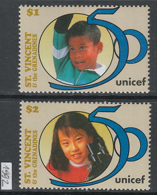 XG-R061 ST VINCENT & GRENADINES IND - Unicef, 1992 50Th Anniversary MNH Set