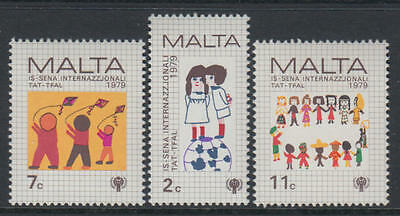 XG-S130 MALTA IND - Intl. Year Of The Child, 1979 Children Paintings MNH Set